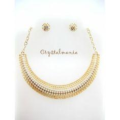 Set de collar y artes en tono dorado metálico estilo 3143