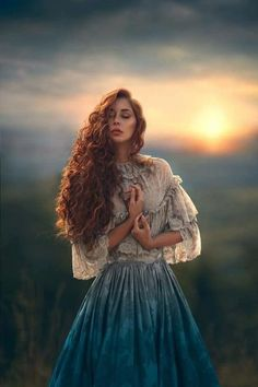 Redhead in historical dress at peace. Sunset, glow, closed eyes Redhead in historical dress at peace. Fantasy Photography, Portrait Photography, People Photography, Ghost Photography, Photography Styles, Foto Fantasy, Fashion Photography Inspiration, Portrait Inspiration, Fantasy Inspiration