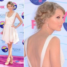 Taylor Swift looking amazing; not a country music fan, but she seems really genuine. Teen Choice Awards 2012 - Arrivals