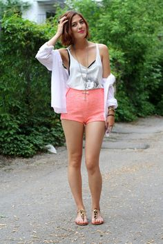 Anik Lacasse, from our Spring Style Blogger Contest