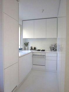 Kitchen Room Design, Big Kitchen, Rustic Kitchen, Kitchen Decor, White Kitchen Furniture, Small Modern Kitchens, White Cabinets, Minimalist Home, Furniture Design