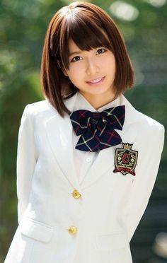 School Girl Japan, School Girl Outfit, Japan Girl, Beautiful Japanese Girl, Beautiful Asian Women, Cute Asian Girls, Cute Girls, Cute Kawaii Girl, Pretty And Cute