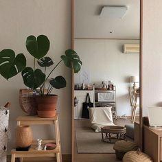 House Interior Design - New ideas Decoration Inspiration, Room Inspiration, Decor Ideas, Room Ideias, Minimalist Room, Aesthetic Room Decor, Beige Aesthetic, Home And Deco, My New Room