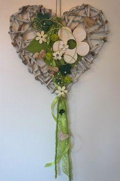 Türkranz, Türschmuck, Herz, Frühling, weiß-grün