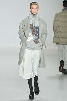Layered Looks: Richard Chai Love Fall 2015 Ready-to-Wear Fashion Show - Manuela Frey