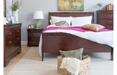 Save on beds and storage that'll help you create a relaxing oasis this fall. Charming metal beds, upholstered headboards, and trundles help you snooze in style, while sleek dressers conceal your wardrobe essentials. For a place to primp, try a classic vanity-and-stool set.http://www.wayfair.com/daily-sales/Bedroom-Clearance~E12949.html?refid=SBP.rBAZEVQB055M8h00oZn0AhqEtYMVvkh-iLMDmMdwbM4