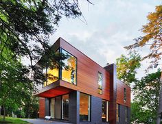Compact Family Home in Madison Inspiring Warmth and Sophistication