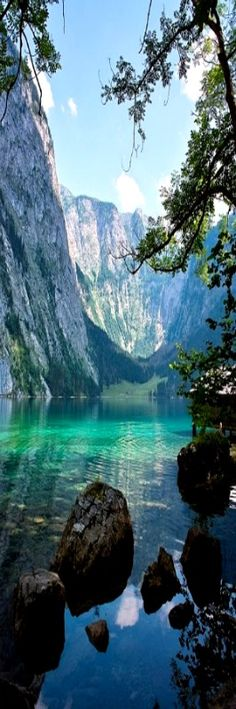 Königssee - Bayern, Deutschland: - Germany and around road trip - Reisen Places Around The World, The Places Youll Go, Places To See, Around The Worlds, Berchtesgaden National Park, Wonderful Places, Beautiful Places, Beautiful Scenery, Amazing Places