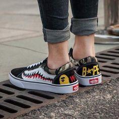 088d7e43 Best Online Sale BAPE x Vans Old Skool Custom Sharktooth Low Sneakers  Convas Casual Shoes CK