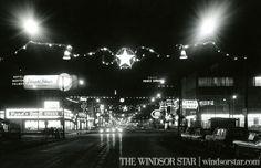 Corner of Ouellette and Wyandotte St. Downtown Windsor (The Windsor Star-File) Windsor, Essex County, Star Wars, Vaulting, Detroit, Past, Stars, Concert, Classic