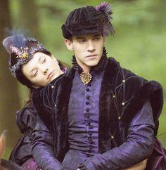 Jonathan Rhys Meyers and Natalie Dormer as Henry & Anne, The Tudors