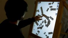 Touch Poster - Through the use of outside sound and physical interaction by the user can create a handmade poster / picture. By moving, moving, zooming you can compose or edit the words at the touch of a finger. - Interactive Table