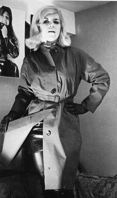 Mackintosh Raincoat, Rubber Raincoats, Macs, Vintage Boots, Rain Wear, Rainy Days, Trench, Mantel, Leather Boots