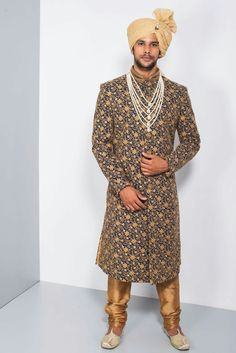 EKAKSH - navy blue and golden threadwork sherwani Sherwani Groom, Mens Sherwani, Wedding Sherwani, Punjabi Fashion, Indian Fashion, Men's Fashion, Fashion Design, Indian Groom Wear, Indian Man