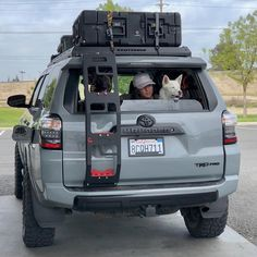 Old Classic Cars Overland 4runner, Toyota 4runner Trd, Toyota 4x4, Toyota Trucks, Toyota Cars, Toyota Tacoma, Accesorios Jeep Renegade, Offroad, Toyota Sequioa