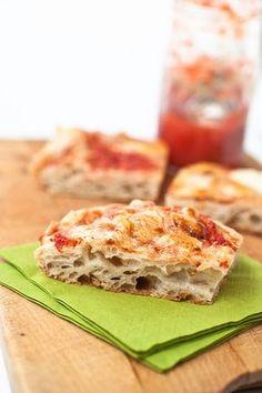 Pizza in teglia con farina di farro