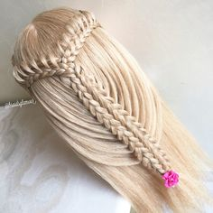 Loop braids into split five strand braid