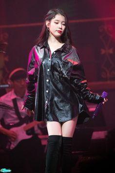 Ailee, Korean Artist, Girl Crushes, Asian Girl, Idol, Punk, Singer, Actresses, Legs