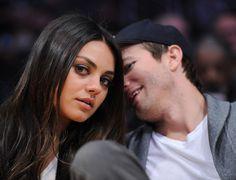 L'homme qui murmurait à l'oreille de Mila... Ashton Kutcher et Mila Kunis au match opposant les Lakers de Los Angeles aux Suns de Phoenix, au Staples Center