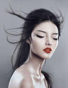 Teasing Geisha Editorials - Room 1723A by Natalie J Watts Recreates a Nightclub Scene (GALLERY)