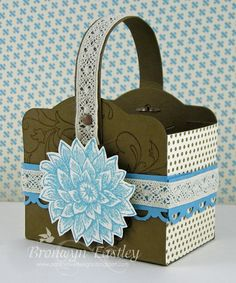 Stampin Up Two Tags die box. I like this idea.