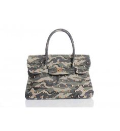 Mangano icon embossed bag with front buckle.   http://shop.mangano.com/en/bags/16567-borsa-skully-camouflage.html  #fashion #bag