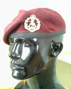 Australia Military Beret, Paratrooper, Captain Hat, Army, Berets, Badges, Hats, Australia, Google