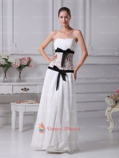 135.00$  Watch now - http://vixhn.justgood.pw/vig/item.php?t=trhqu7a6852 - White Strapless Pleated Floor Length Chiffon Prom Dresses With Lace