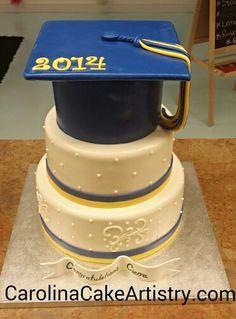 Very elegant Graduation Cake!