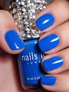 You won't be blue with a manicure like this.