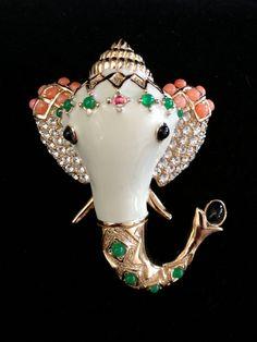 1960s elephant pin