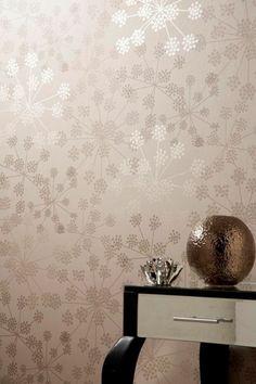 Papier peint pour couloir comment faire le bon choix 42 id es en photos couloir grise for Comment faire le papier peint