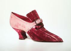 1914-19 - by Pietro Yantorny (Italian, 1874-1936) - Silk, rhinestones