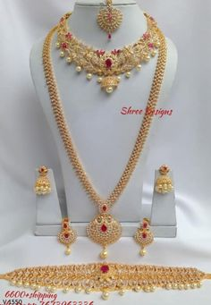 Whatsapp 7673963336 to buy. Pakistani Bridal Jewelry, Indian Bridal Jewelry Sets, Bridal Jewellery, Bridal Necklace, Indian Jewelry, Gold Necklace, Gold Earrings Designs, Gold Jewellery Design, Necklace Designs