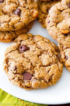 Flourless Chocolate Chip Cookies (Gluten Free #gf recipe!)