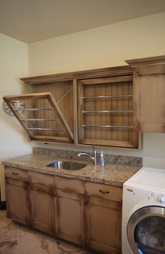 Laundry room with built in air drying - HOW NEAT IS THIS?!