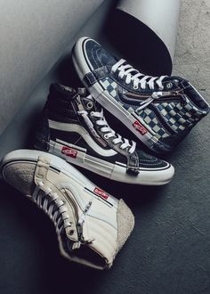 Tenis Vans, Vans Sneakers, Vans Shoes, Vans Cap, Vans Outfit, Shoes Photo, Fresh Shoes, Latest Shoe Trends, Crochet Shoes