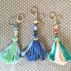 embroidery floss Learn how to make your own DIY Tassel Keychains with fun colorful beads and embroidery thread. These make great Mothers Day gifts for that special someone! Diy Keychain, Tassel Keychain, Make Your Own Keychain, How To Make Keychains, Keychain Ideas, Embroidery Floss Crafts, Embroidery Thread, Embroidery Floss Bracelets, Diy Gifts