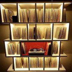 Great vinyl storage and enjoyment center. Vinyl Record Display, Record Shelf, Record Stand, Vinyl Record Storage, Lp Storage, Lp Regal, Vinyl Shelf, Deco Studio, Vinyl Room