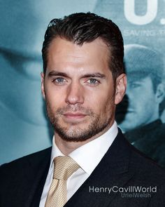 301 Likes, 7 Comments - אוריאל וולשית (@urielwelsh) on Instagram: Henry Cavill at The Man from UNCLE premiere.