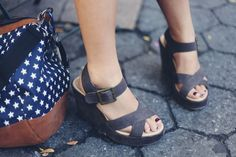 JennifHsieh Shoes | Star Duffle Bag and Gray Wedge Sandals