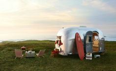Urlaub surfen Wohnwagen Camping Hippie Stil
