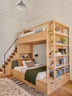 36 brilliant space saving ideas for small bedroom 24 Bunk Beds With Drawers, Bunk Beds Built In, Twin Bunk Beds, Wooden Bunk Beds, Bunk Bed Plans, Cool Kids Beds, Queen Bunk Beds, Bunk Beds For Girls Room, Adult Bunk Beds
