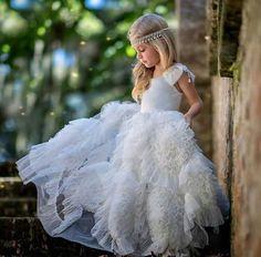 Niña vestido blanco