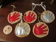 Mommy Madness: Salt dough Handprints