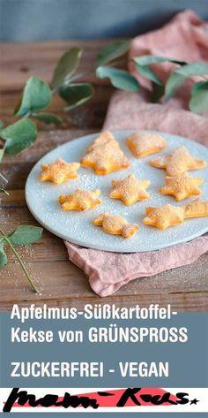 Sugar-free biscuits: vegan applesauce sweet potato biscuits for Zuckerfreie Kekse: Vegane Apfelmus-Süßkartoffel-Kekse für Kinder Biscuits Végétaliens, Sugar Free Biscuits, Sugar Free Cookies, Cookies Vegan, Sweet Potato Cookies, Sweet Potato Biscuits, Fingerfood Baby, Strawberry Crisp, Potato Crisps