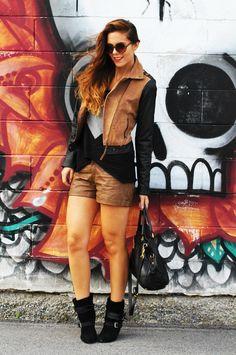 My casual look from my fashion blog irene's closet! wearing: h&m, stradivarius, motivi, prada bag  www.ireneccloset.com
