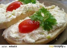 Hermelínovo-nivová pomazánka recept - TopRecepty.cz Pesto, Baked Potato, Mashed Potatoes, Recipies, Toast, Soup, Vegetarian, Yummy Food, Cheese