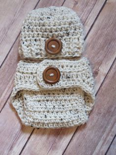 READY-to-SHIP  Newborn Ivory Tweed Hat / Diaper Cover Set w/Buttons * Photo props * BOY * Baby Shower Gift * Super Soft by kimcrochetcreations on Etsy
