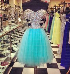 The Short tiffany blue prom dress are fully lined, 4 bones in the bodice, chest pad in the bust, lace up back or zipper back are all available, total 126 colors are available. This dress could be custom made, there are no extra cost to do custom size and color. Description of Short tiffany bl...